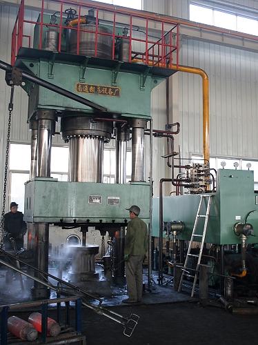 YQ32-1250三梁四柱液压机