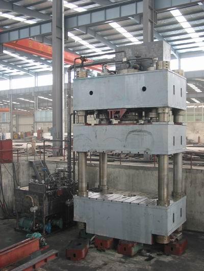 YQ32-1600三梁四柱液压机